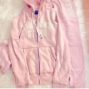Abercrombie & Fitch Tracksuit (hoodie and pants)